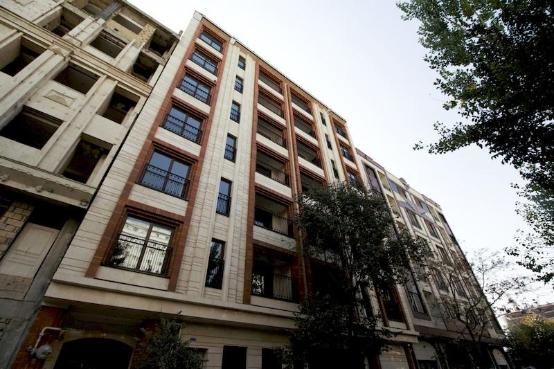 <b>ساختمانهای مسکونی ترنم و تندیس</b>